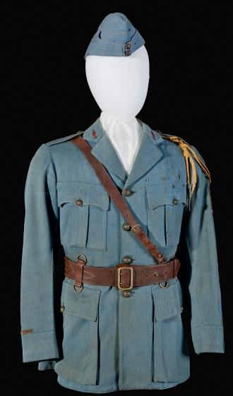 "Edwin C. ""Ted"" Parsons uniform in the WW I case at the Smithsonian's NASM Udvar-Hazy Center. NASM Photo Dane A. Penland"